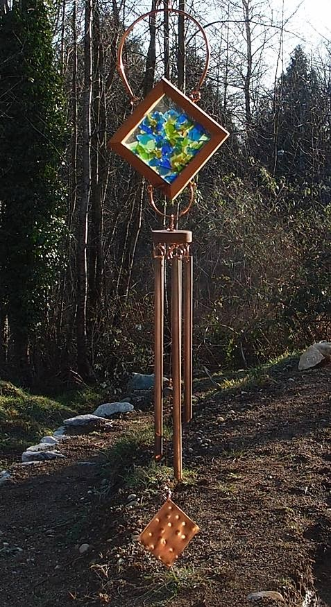Glass and copper wind chime. Five copper chimes. Beach stone clapper. Inspired by nature.