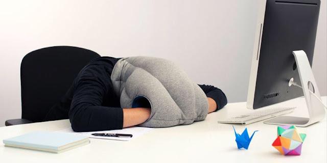 العمل لساعات طويلة يضعف الصحة العقلية والجسدية؟