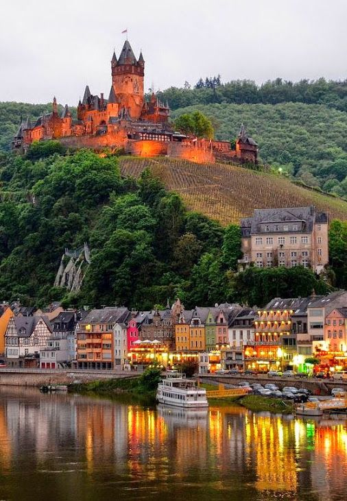 15 most beautiful and best castles to visit in germany 5 - Cochem alemania ...