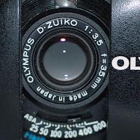 Olympus XA 2, Front Cutout