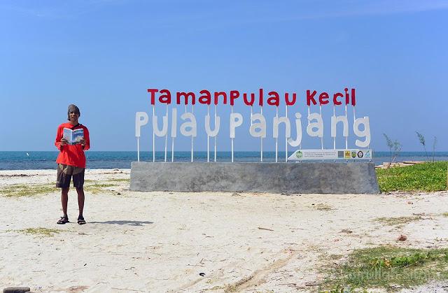 Halo pantai Pulau Panjang Jepara
