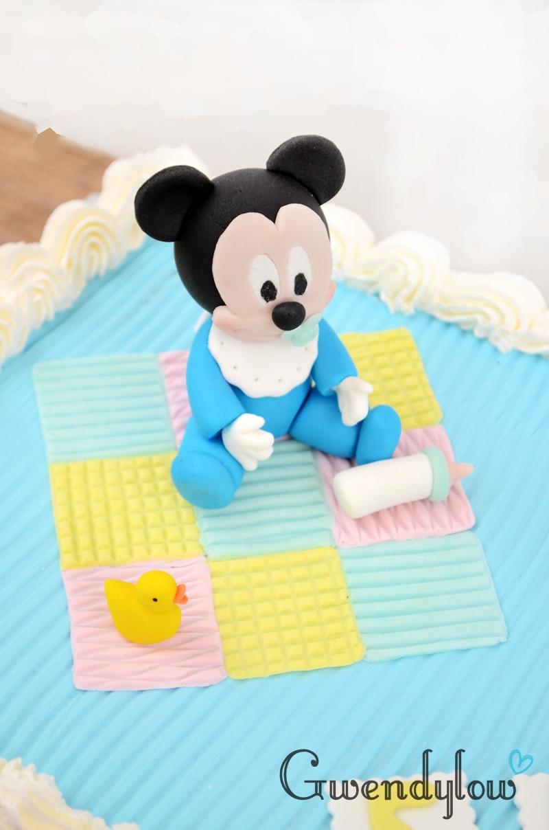 Cómo hacer un Mickey Mouse bebé con fondant para una tarta - Ñam, Ñam!!!