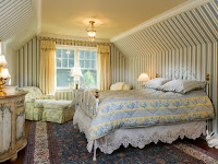 Bedroom Decorating Ideas with Romantic Design