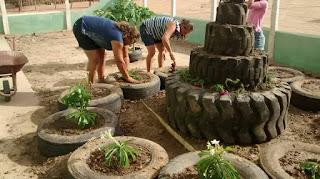 Projeto Metamorfose reutiliza pneus usados em Jardim de escola em Cuité