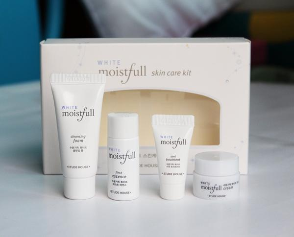 Etude House Moistfull White Skin Care Kit