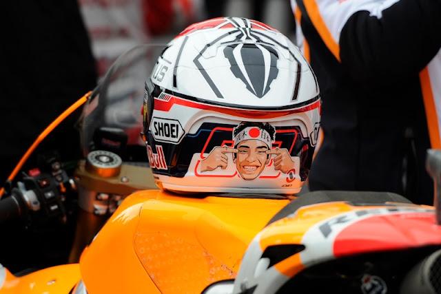 Berita MotoGP : Marc Marquez Pecat Desainer Helm Yang Ngefans Pada Valentino Rossi