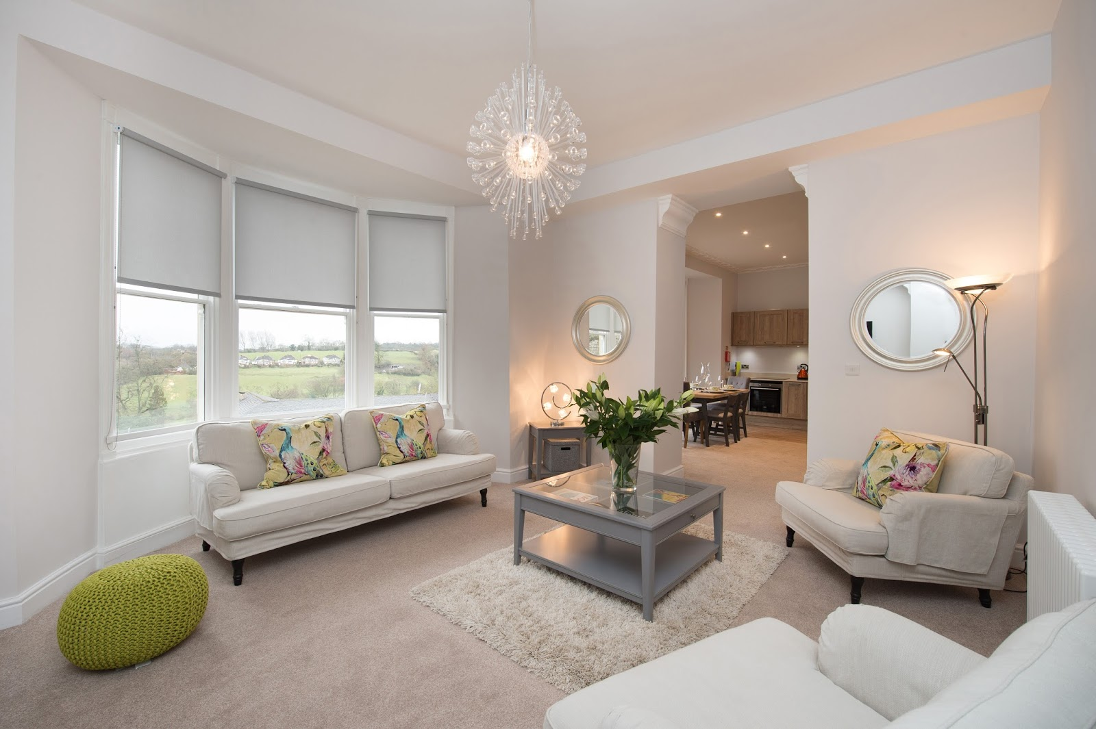 We review One Frenchgate House - A Luxury Serviced 4 Bedroom Apartment in Richmond, North Yorkshire. Available to rent for holidays and short breaks - lounge area