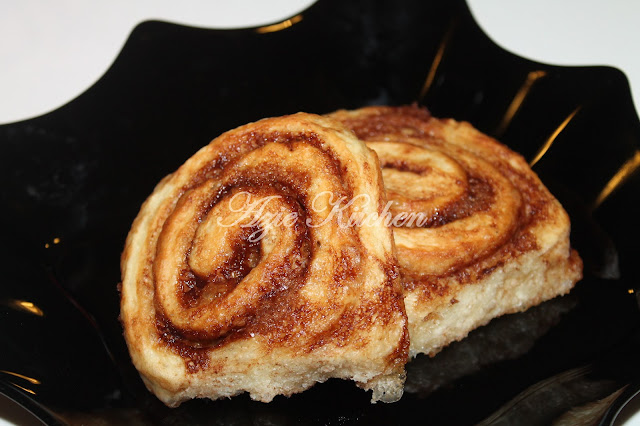 Ninety Minutes Cinnamon Rolls