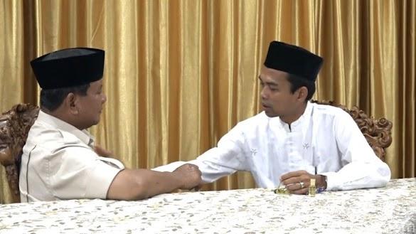 Pakar Semiotika Tersentuh Dialog Ustaz Somad-Prabowo