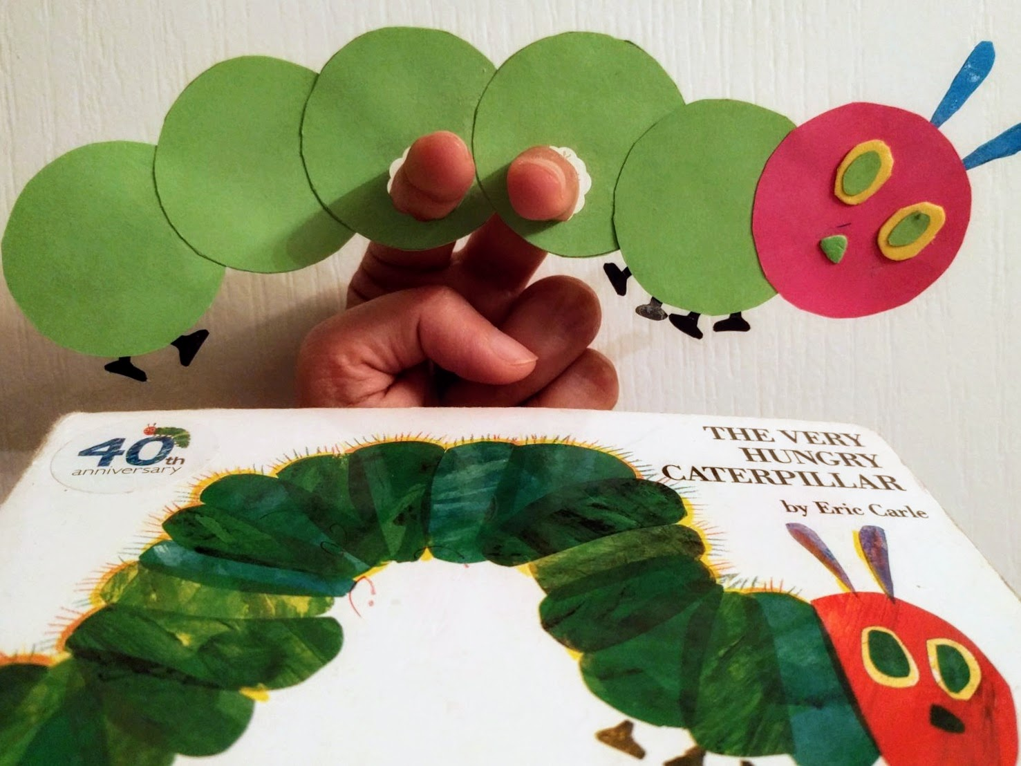the joy of sharing the very hungry caterpillar finger puppet craft