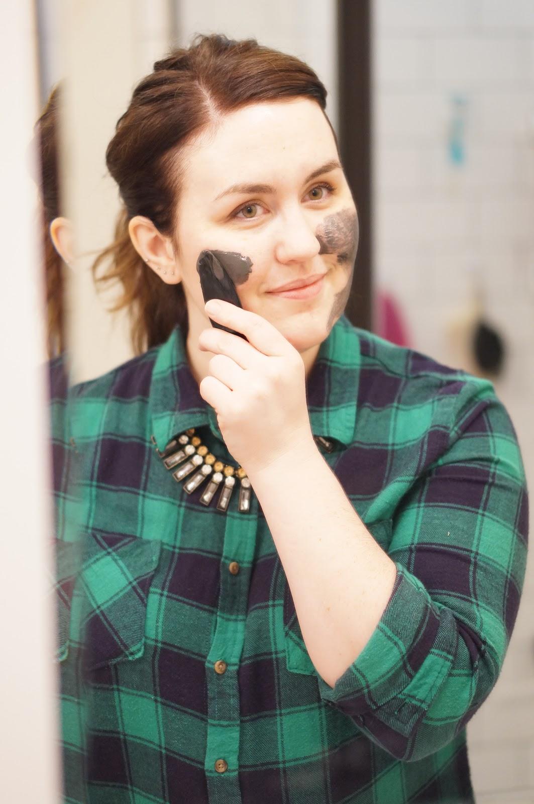 ONYX YOUTH MAGNET MASK by North Carolina beauty blogger Rebecca Lately
