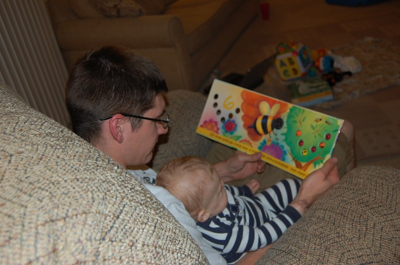 Parenting4tomorrow  Why Dads Should Read Bedtime Stories