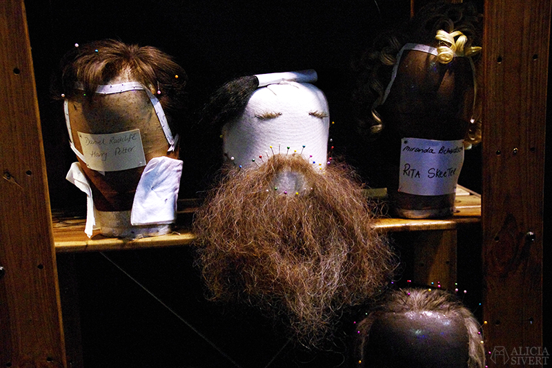 aliciasivert alicia sivert sivertsson harry potter hogwarts leavesden london england warner brothers studio tour the making of gryffindor slytherin hufflepuff ravenclaw film films movie movies wig beard