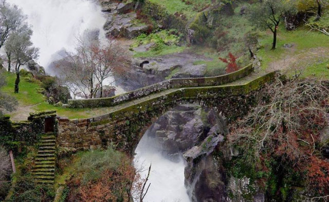 Jembatan-Ponte-da-Mizarela-