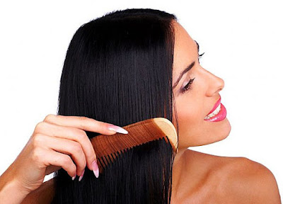 وصفة طبيعية لتنعيم الشعر
