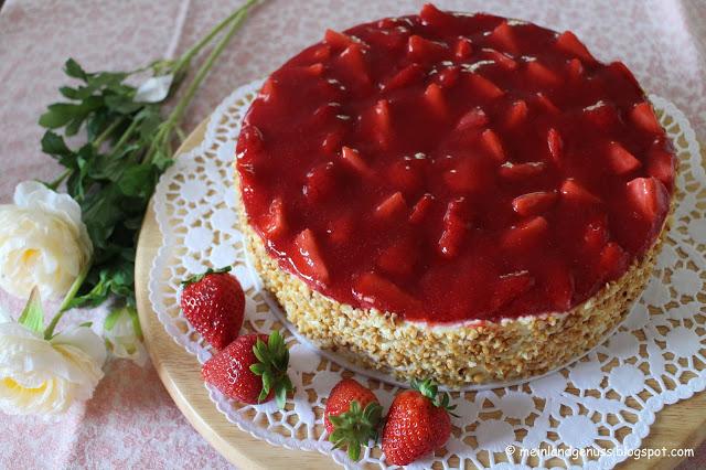 Vanille-Creme-Törtchen mit Erdbeeren von Mein Land und Gartengenuss