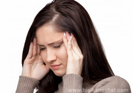 Cara Menghilangkan Sakit Kepala Hanya Dalam 3 menit