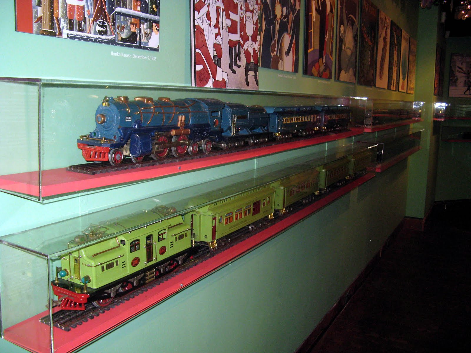 Self absorbed boomer lionel train display at new york for Ny transit museum store