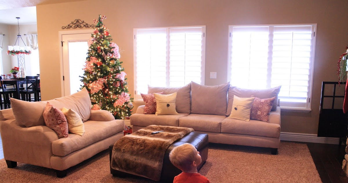 blue and yellow living room design living room interior designs. Black Bedroom Furniture Sets. Home Design Ideas