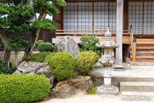 Entrada a un Onsen japonés