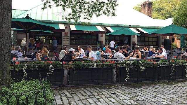 Conhecendo o restaurante Loeb Boathouse