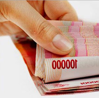 pinjaman tanpa agunan di bank kta dbs scb hsbc nisp bca niaga mandiri kredit tanpa agunan