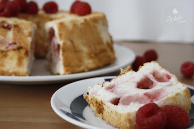 corte angel food cake frambuesa la dulce comarca
