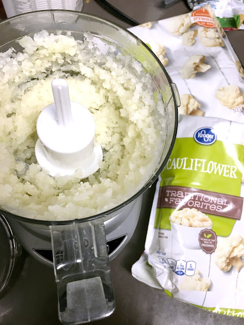 Mexican cauliflower rice, low carb mexican rice sooo good! tastes like the real thing!