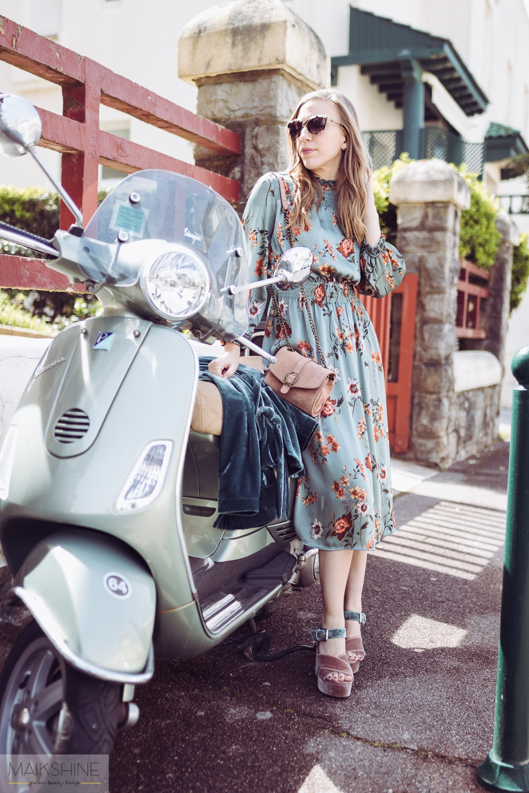 Vintage style spring outfit