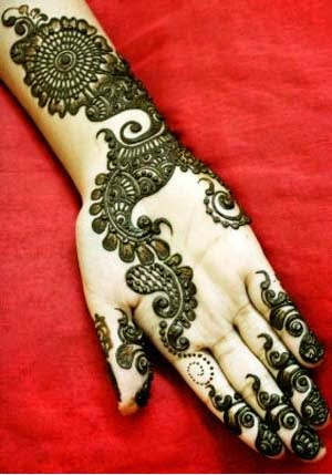 Arabic beautiful Mehndi