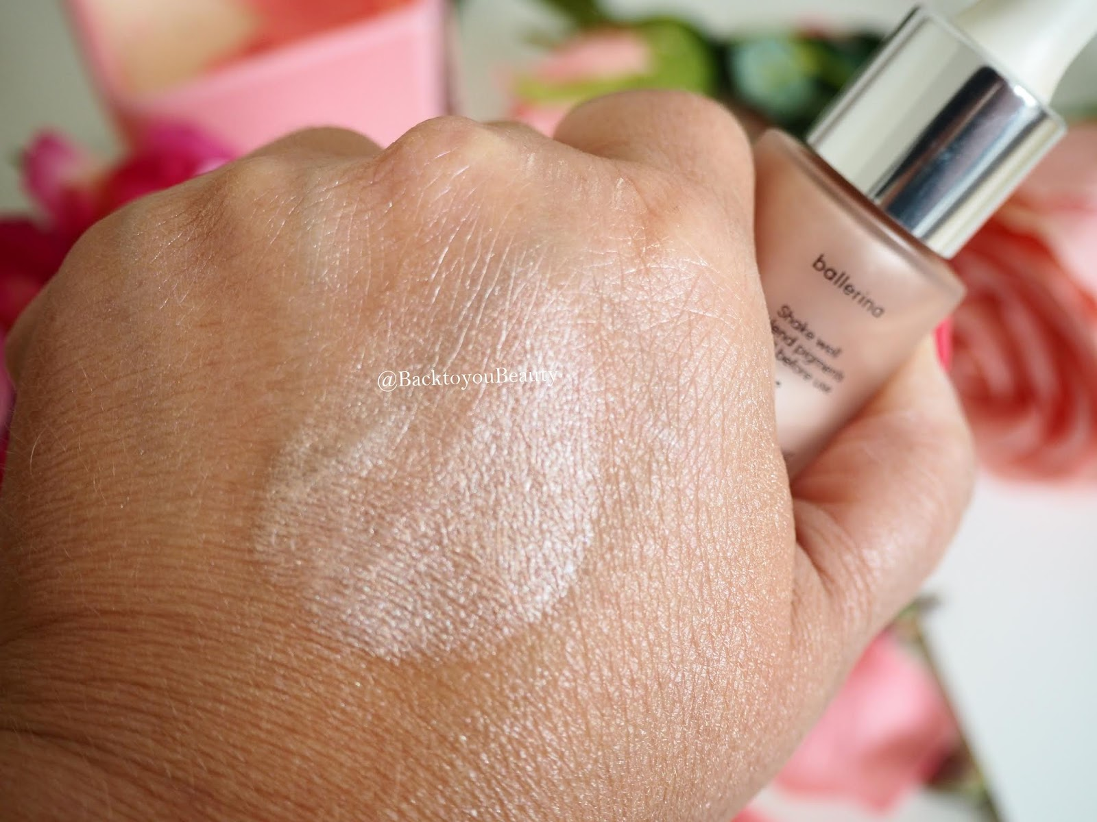 Laura Geller Ballerina Illuminating Highlighter Swatch
