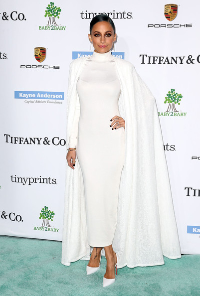 CELEBRITY STYLE TRANSFORMATION Nicole Richie in white, long-sleeved H&M column dress with white Tadashi Shoji cape