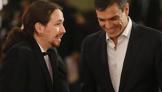 Pablo Iglesias y Pedro Sánchez en los últimos Goya (EFE).