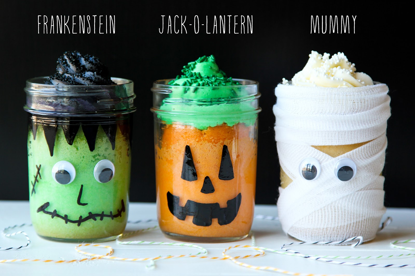 Life Made Simple: Halloween Mason Jar Mini Cakes