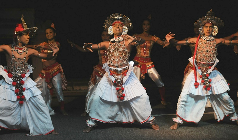 kandy cultural show- things to do in Kandy Sri Lanka