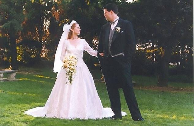 Esposo atrapa a su esposa engañándolo, con un dron