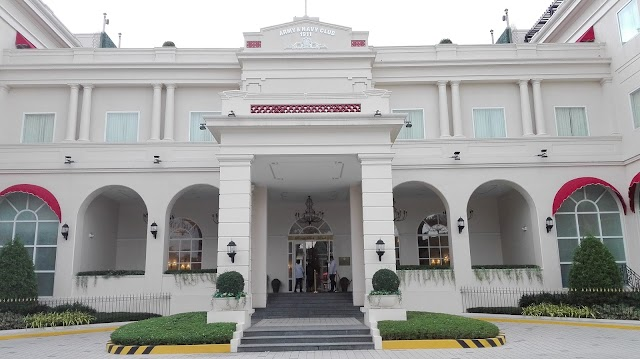 Rizal Park Hotel:  When Past Meets the Present