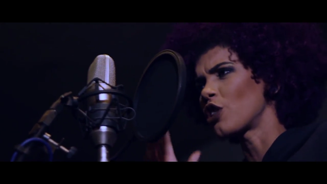 """Assista """"Um Pouco de Paz"""", o novo clipe da alagoana Arielly Oliveira"""