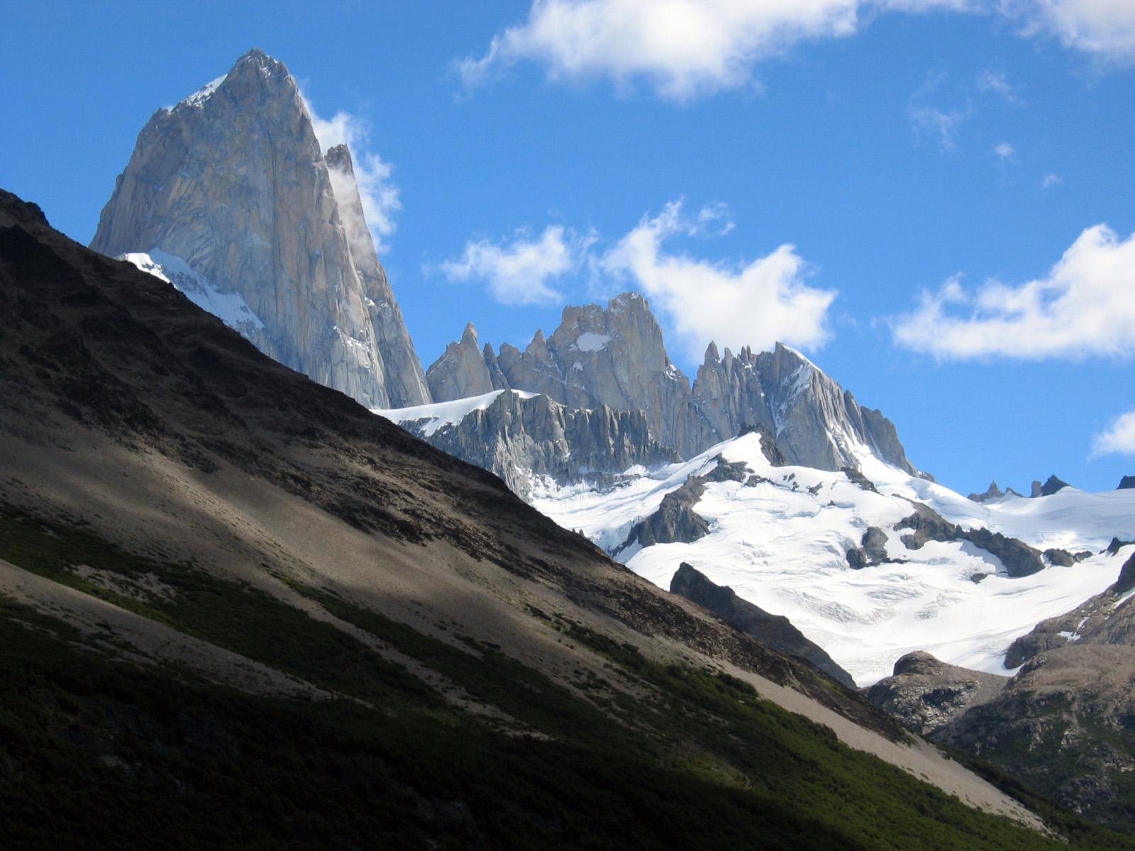 World Of Wallpapers: Amazing Mountain