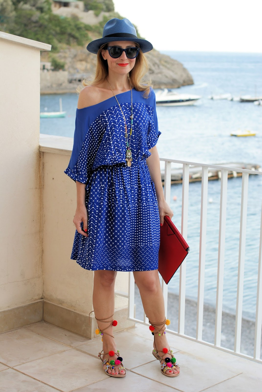 Gioseppo Omahas sandals and Paramita Fabrina dress on Fashion and Cookies fashion blog, fashion blogger style