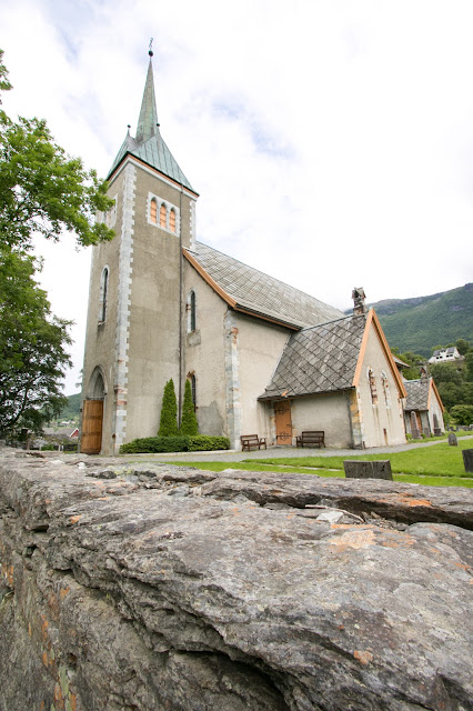Kinsarvik-Chiesa