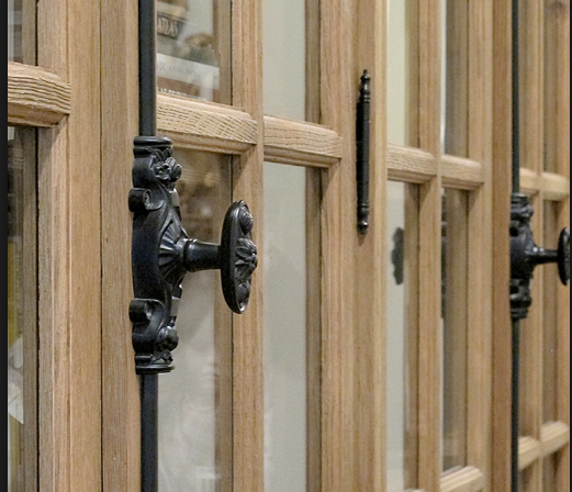 Oval Handles And Latches Like These In 1:12 Cannot Be Found In Any Hardware  Shop.
