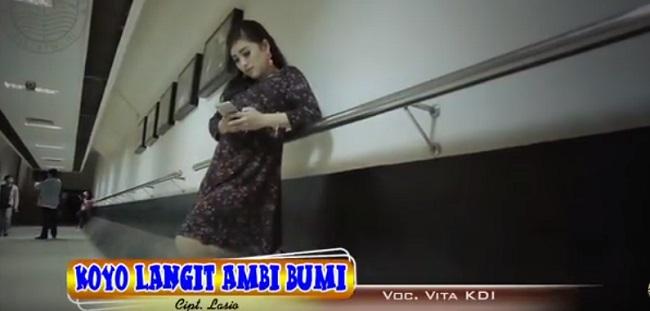 Lagu Baru _ Koyo Langit Ambi Bumi oleh Vita KDI Hip Hop Dangdut