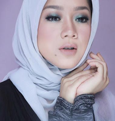 indonesian beauty vlogger indonesia terkenal populer terbaik terlengkap no1 profil daftar list website blog situs kecantikan