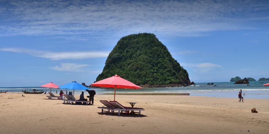 Menikmati Pemandangan Di Wisata Banyuwangi Pulau Merah Jadwal