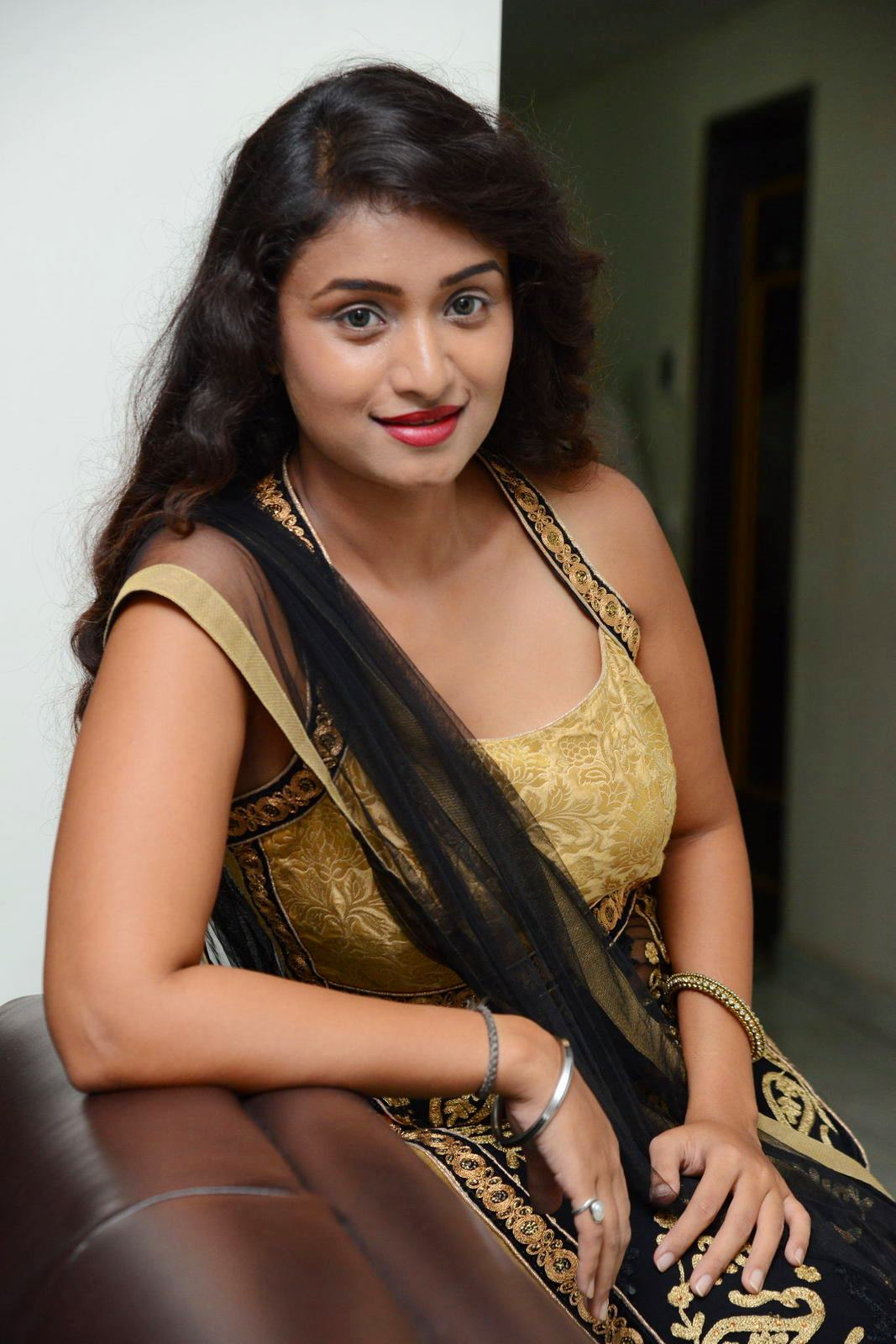 Kiran Chetwani sizzling Photos gallery-HQ-Photo-3