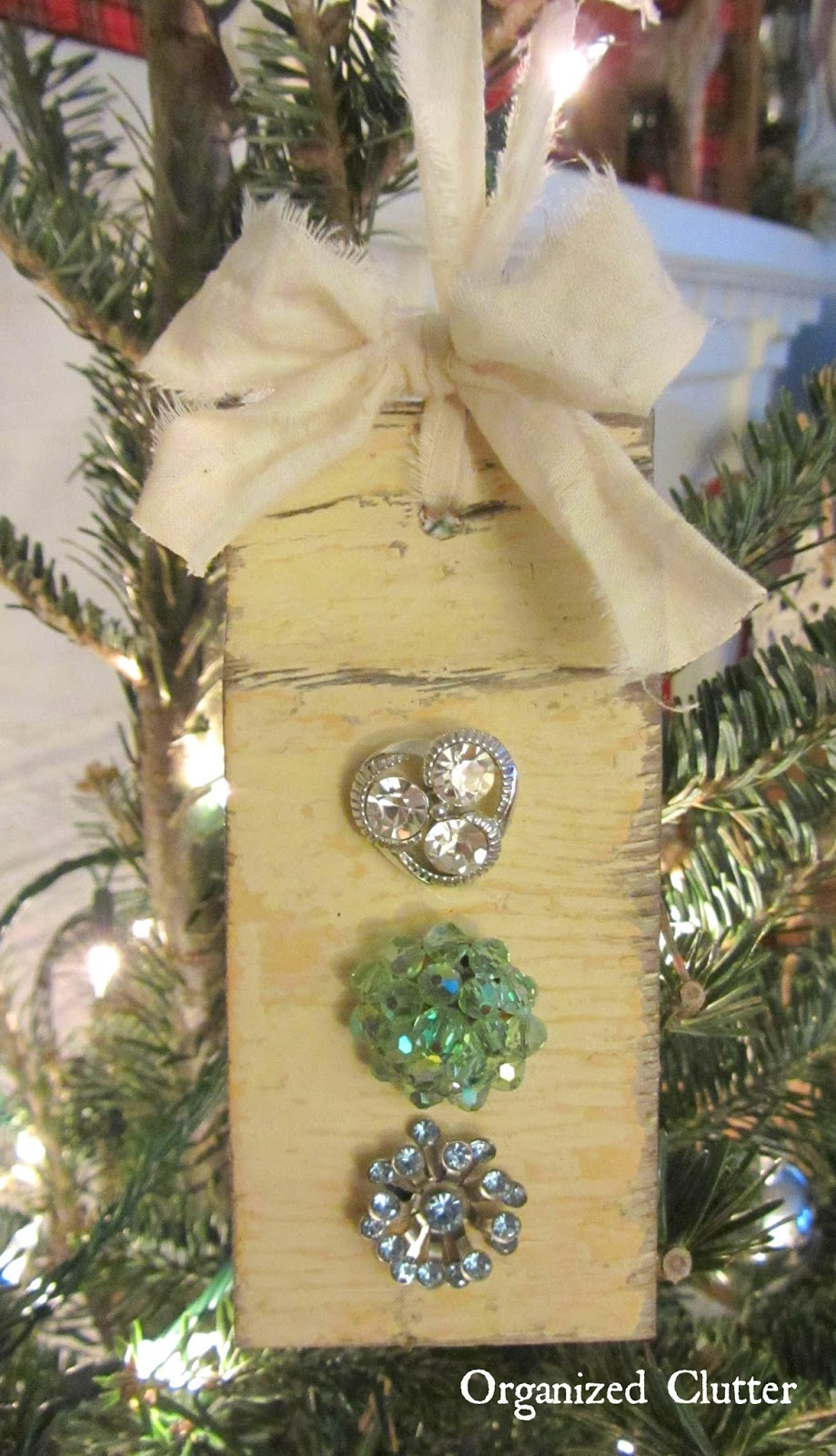 Salvaged Wood & Jewelry Christmas Tree Ornaments | Organized Clutter