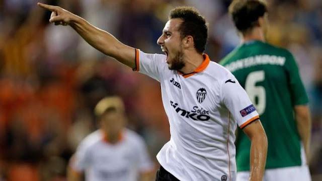 Paco Alcacer Resmi Jadi Pemain Barcelona