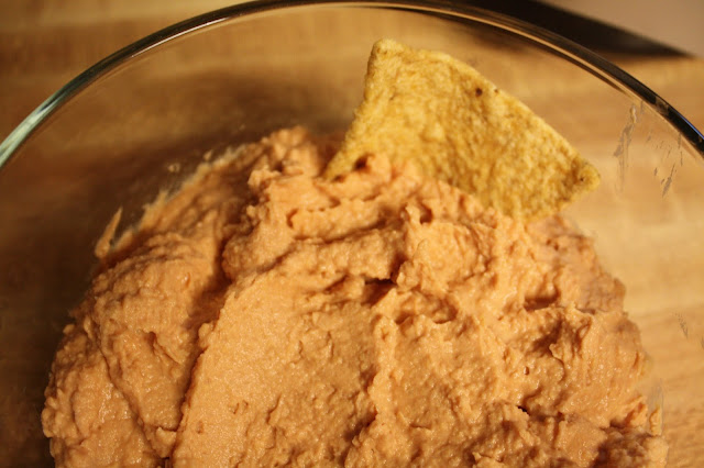 Tomato hummus made with help from Bush's Beans