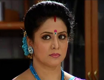 Actress Roopasree as Rajeswari in Seethayanam serial on Asianet